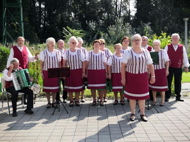 Veľkolepá oslava životného jubilea našej seniorky na Kaskádach
