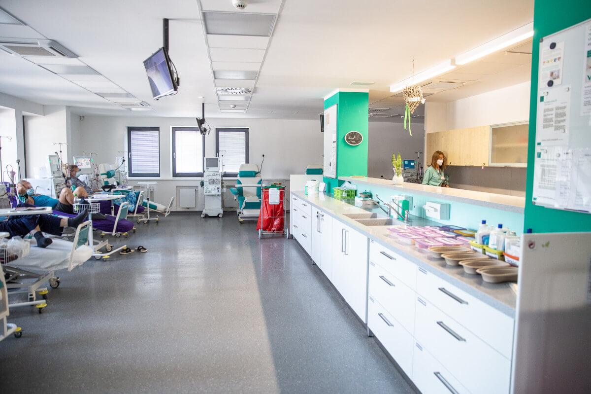 Pacientom, ktorých zdravotný stav si vyžaduje dialýzu, sa zmení celý život